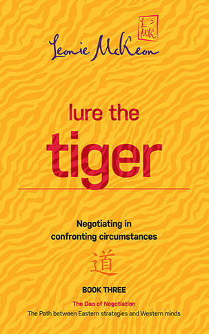 Lure the Tiger: Negotiating in confronting circumstances